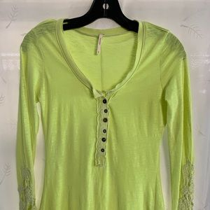 Free people long sleeve shirt/blouse xs lime green